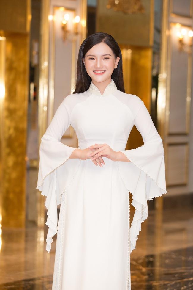 """Bất ngờ danh sách top 30 sơ khảo miền Bắc Hoa hậu Việt Nam 2020: Nhiều thí sinh bứt phá ngoạn mục, sốc nhất là trường hợp của """"bản sao Châu Bùi"""" - Ảnh 3."""