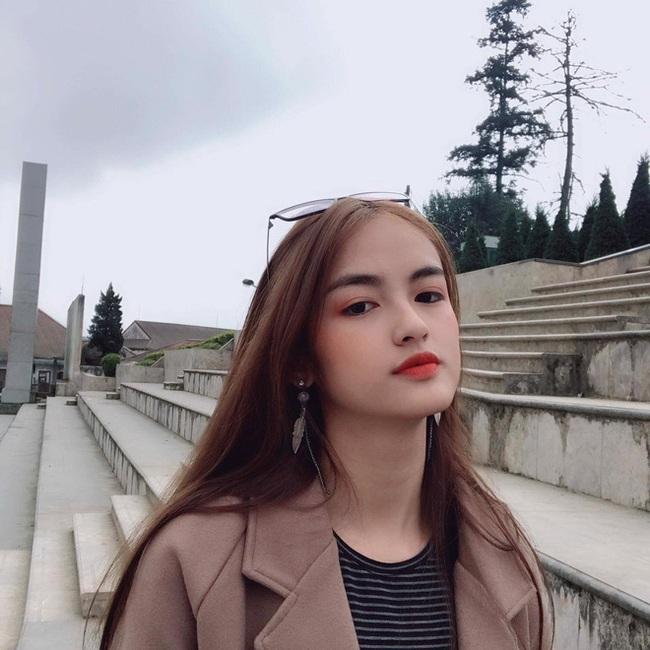 Soi nhan sắc đời thường của dàn thí sinh Hoa hậu Việt Nam 2020: Hầu như ai cũng có sự khác biệt với ảnh dự thi, thậm chí còn lộ gương mặt già hơn tuổi - Ảnh 8.