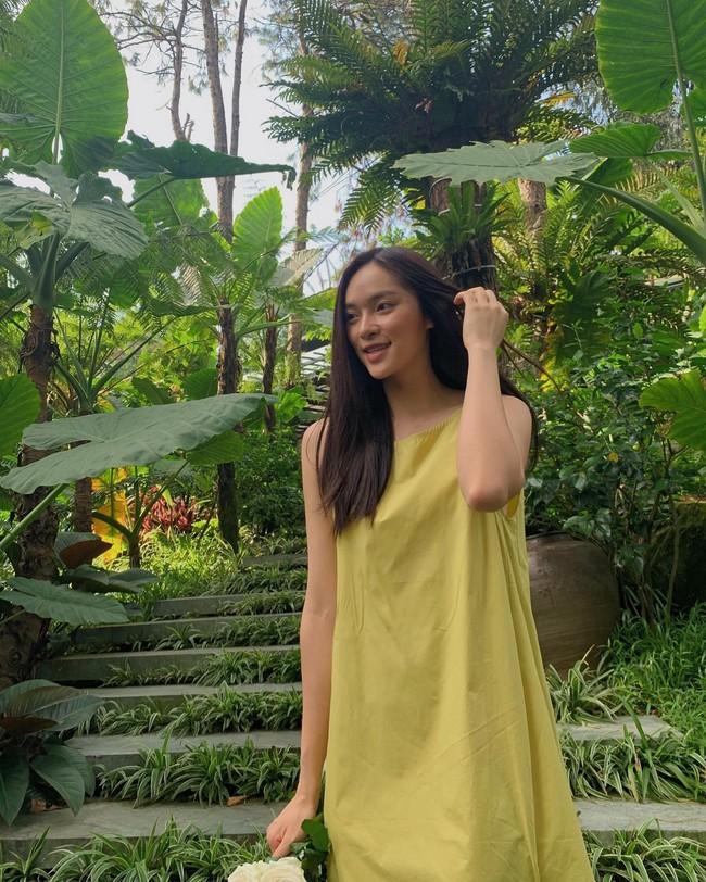 Soi nhan sắc đời thường của dàn thí sinh Hoa hậu Việt Nam 2020: Hầu như ai cũng có sự khác biệt với ảnh dự thi, thậm chí còn lộ gương mặt già hơn tuổi - Ảnh 3.