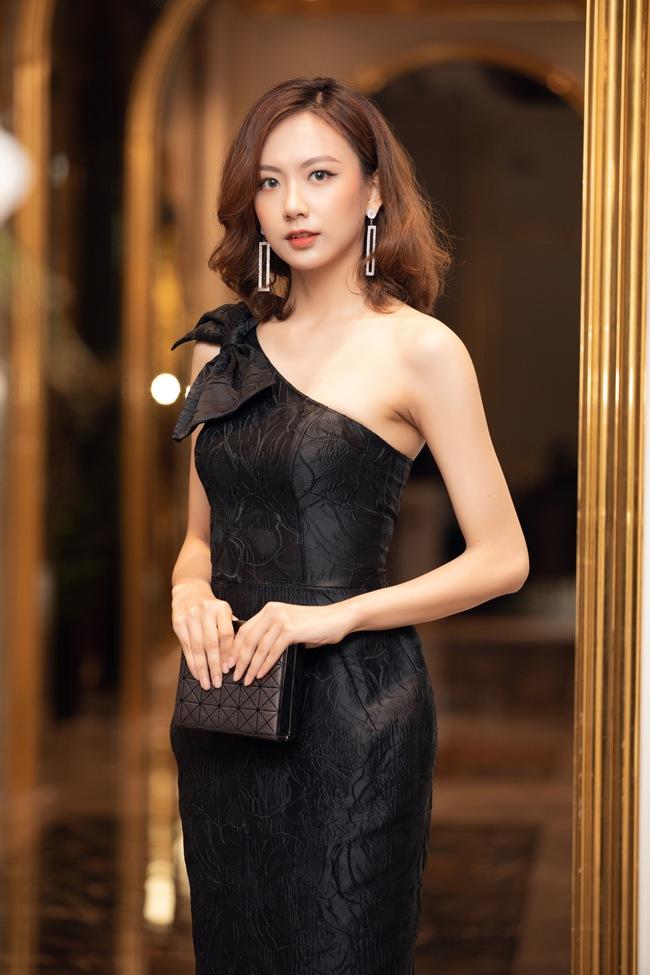 """Bất ngờ danh sách top 30 sơ khảo miền Bắc Hoa hậu Việt Nam 2020: Nhiều thí sinh bứt phá ngoạn mục, sốc nhất là trường hợp của """"bản sao Châu Bùi"""" - Ảnh 4."""