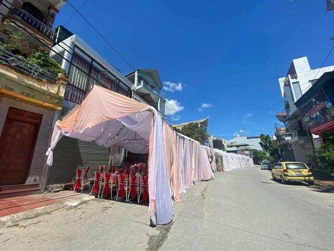 Công an vào cuộc vụ chủ nhà hàng ở Điện Biên bị khách 'bom' 150 mâm cỗ cưới: Đã xác định được người liên quan  - Ảnh 1.