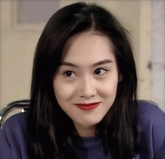 Netizen tiếc nuối vì Huỳnh Oanh không thừa hưởng nét đẹp đến từ mẹ.