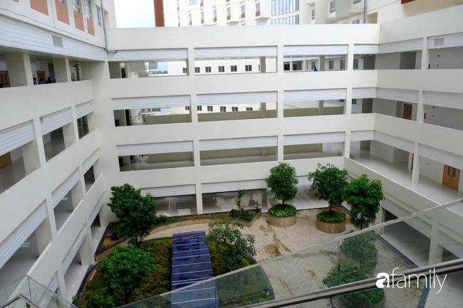 Tận mắt chứng kiến Bệnh viện Ung bướu 5.800 tỷ, máy móc điều trị ung thư hiện đại bậc nhất khu vực sắp hoạt động - Ảnh 2.