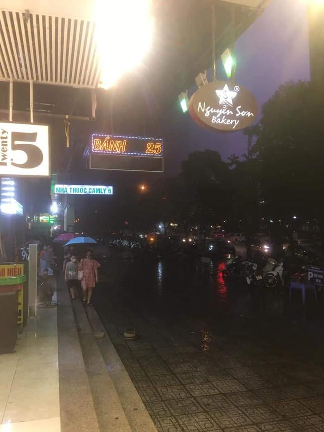 Cư dân tại HH Linh Đàm được 1 phen rụng rời sau tiếng động lớn do sự xuất hiện của