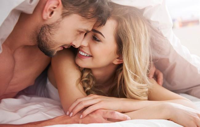 Đàn ông nghĩ về tình dục bao nhiêu lần trong 1 ngày? Đáp án từ chuyên gia chắc chắn sẽ khiến không ít chị em muốn gục ngã - Ảnh 2.