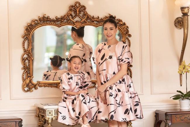 """Con gái Hoa hậu Hà Kiều Anh: Xinh xắn - thông minh - dịu dàng, """"ngậm thìa vàng"""" từ nhỏ nhưng không được phép kiêu ngạo - Ảnh 5."""