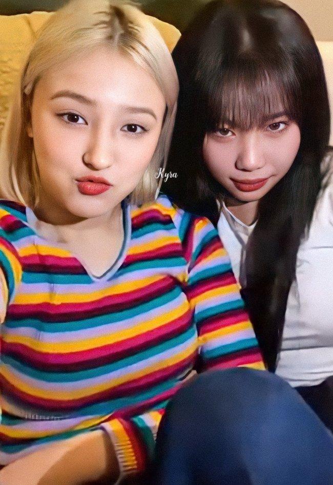 Nghi vấn nữ idol xấu nhất Kpop - JooE bơm môi, mặt sưng phồng, đứng cạnh Nancy (MOMOLAND) già đi cả chục tuổi - Ảnh 4.