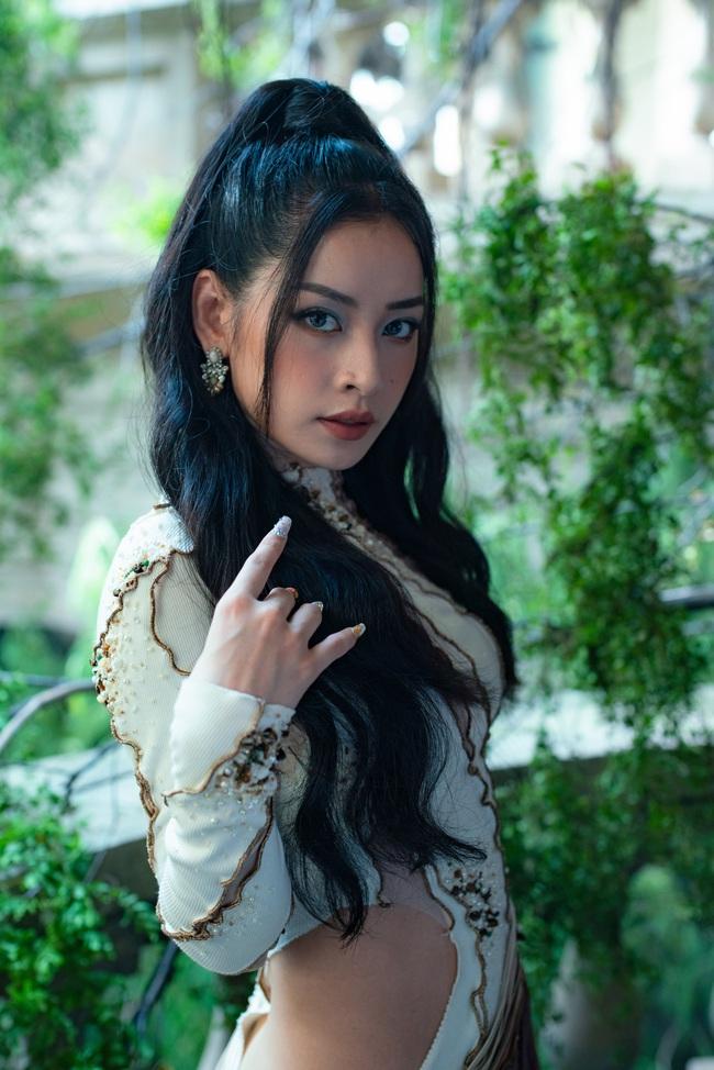 Chi Pu xác nhận đóng phim kinh dị của Victor Vũ, lộ thân hình đầy đặn trên trường quay - Ảnh 2.