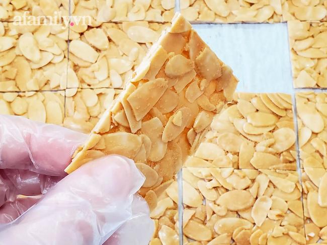 """Cô giáo dạy bánh 8x cực hot chia sẻ cách làm bánh hạnh nhân lát bất bại, ăn một lần là """"si mê"""" - Ảnh 11."""