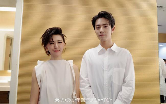 Những fanboy nổi tiếng của dàn mỹ nhân Hoa ngữ - Ảnh 6.