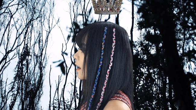 """TiA Hải Châu hóa công chúa trên nương, tạo trend """"vũ điệu vó ngựa"""" cho hội chị em """"đi quẩy"""" - Ảnh 8."""