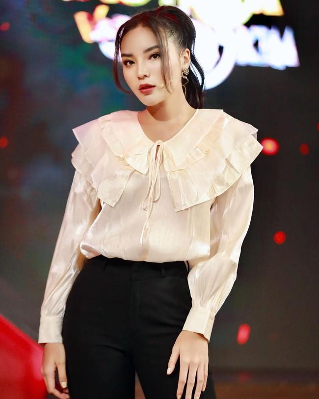 3 mỹ nhân Việt đụng độ một mẫu áo: Tưởng Lan Ngọc đẹp lắm rồi nhưng lại bị đánh bại bởi một nhan sắc tầm cỡ - Ảnh 3.
