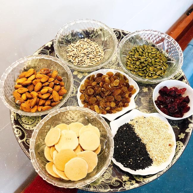 Cách làm bánh đồng tiền ngũ hạt
