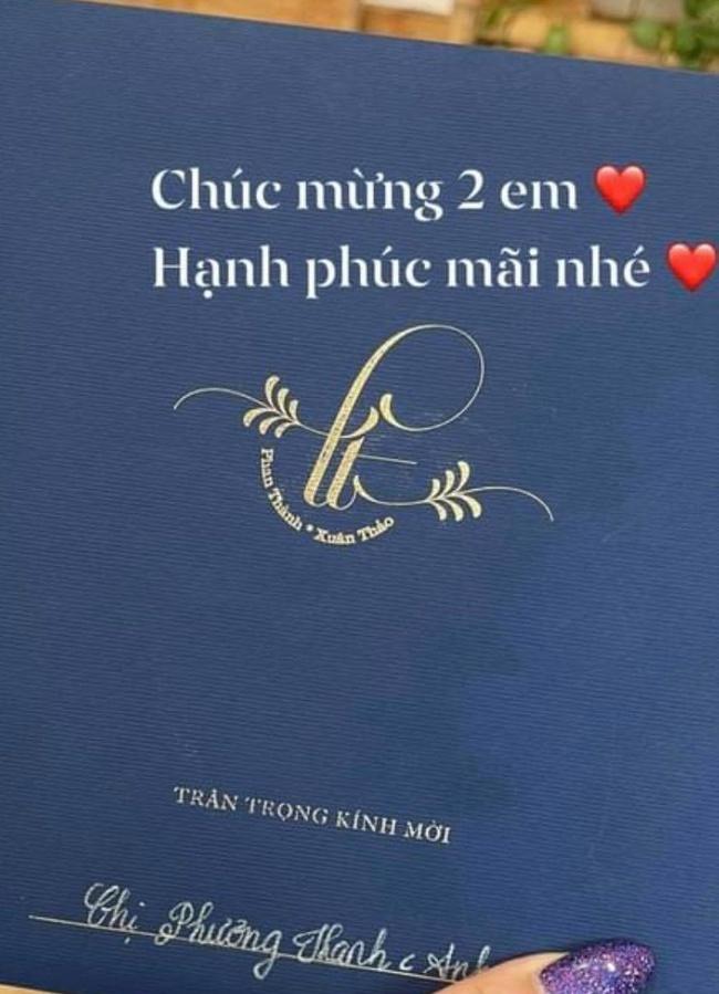 Phản ứng của Midu giữa lúc rò rỉ ảnh thiệp cưới của Phan Thành và bạn gái thiên kim tiểu thư - Ảnh 2.