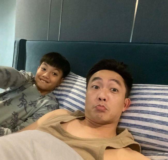 """Hà Hồ tiết lộ ảnh Subeo lúc 5 tuổi, gương mặt như """"bản sao Cường Đô La"""" - Ảnh 4."""