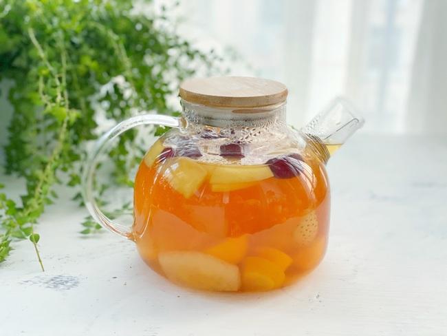 Để có làn da sáng đẹp đón Tết chị em làm ngay trà trái cây để uống mỗi ngày - Ảnh 1.