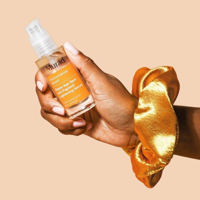 Bác sĩ khuyên chị em sắm 7 sản phẩm làm sáng da này để dùng từ giờ đến Tết là da trắng hồng căng bóng ngay - Ảnh 1.