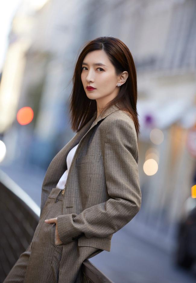 """Hàn Quốc làm lại """"30 chưa phải là hết"""" của Đồng Dao - Mao Hiểu Đồng, netizen truy tìm 3 nữ chính - Ảnh 2."""