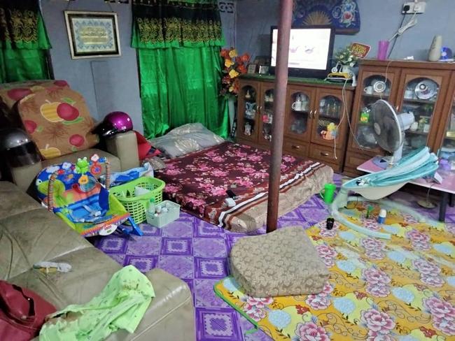 Đặt con 7 tuần tuổi một mình ở phòng khách rồi nghe thấy tiếng khóc, bà mẹ hộc tốc chạy vào chứng kiến cảnh tượng đẫm máu kinh hoàng - Ảnh 3.