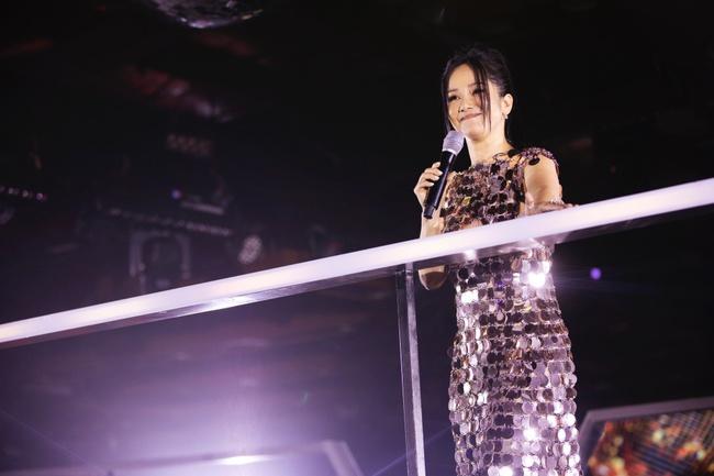 Diva Hồng Nhung, Lam Trường, Lê Hiếu tái hiện loạt hit Làn Sóng Xanh trong đêm nhạc đẳng cấp - Ảnh 8.