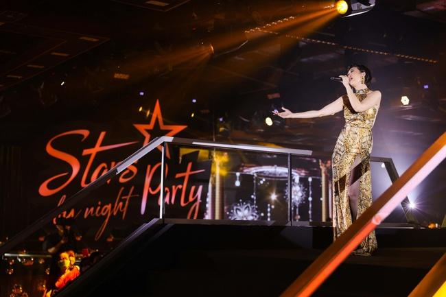 Diva Hồng Nhung, Lam Trường, Lê Hiếu tái hiện loạt hit Làn Sóng Xanh trong đêm nhạc đẳng cấp - Ảnh 12.