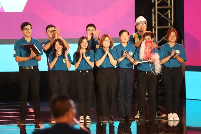 Phát hiện Gil Lê bỏ dẫn chương trình tham gia SV 2020 - Ảnh 8.