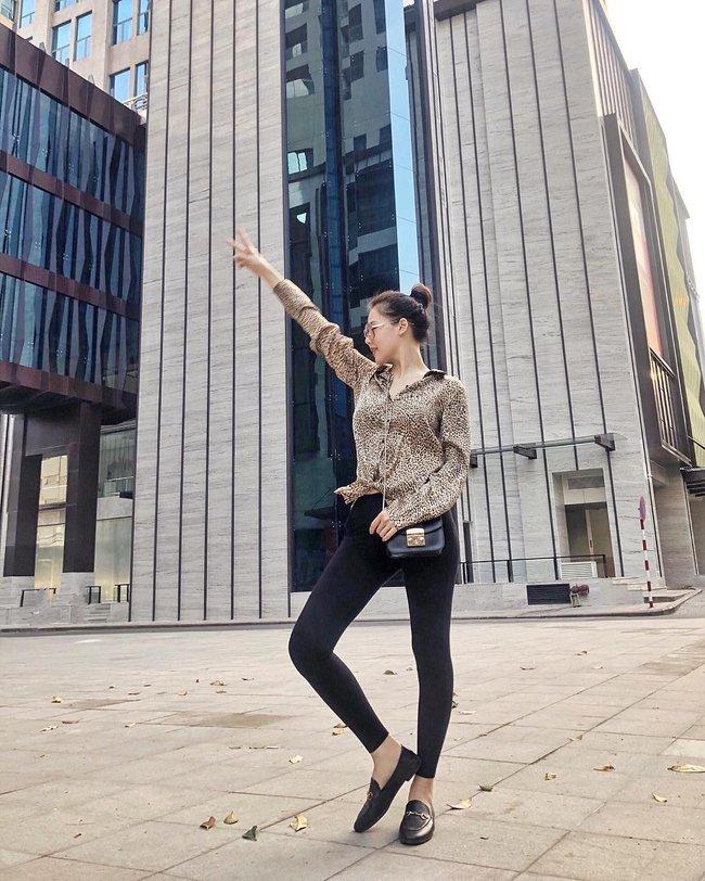 """Ngoài Hà Tăng, Vbiz còn có phu nhân Tổng Giám đốc tập đoàn đầu tư Cocobay là """"thánh"""" diện quần skinny với loạt outfit khoe dáng siêu nuột - Ảnh 7."""