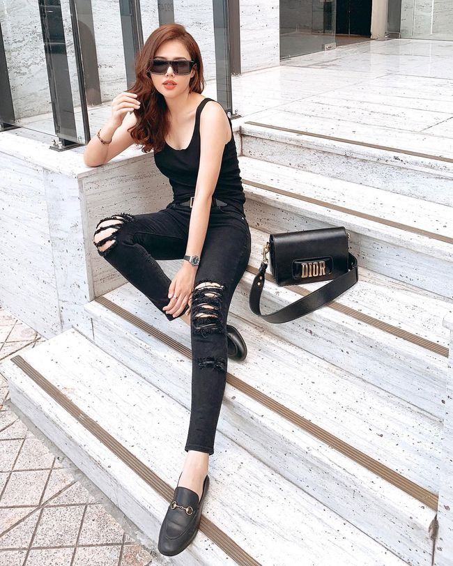 """Ngoài Hà Tăng, Vbiz còn có phu nhân Tổng Giám đốc tập đoàn đầu tư Cocobay là """"thánh"""" diện quần skinny với loạt outfit khoe dáng siêu nuột - Ảnh 5."""