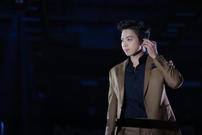Thanh Hà duyên dáng pha trò trên sân khấu, chàng nhạc sĩ Phan Mạnh Quỳnh lại gây bất ngờ khi làm điều mới mẻ này - Ảnh 12.