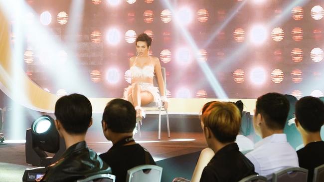 """Chính thức lộ diện top 6 tài năng bước vào Chung kết """"Đại sứ Hoàn mỹ - Miss International Queen Vietnam 2020"""" - Ảnh 4."""