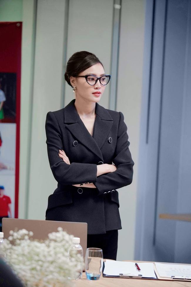 """Ninh Dương Lan Ngọc - Diễm My 9X - Nhã Phương cùng đóng chung phim """"1990""""  - Ảnh 4."""