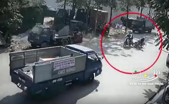 Phanh gấp khi thấy xe phía trước muốn sang đường, nam thanh niên tử vong thương tâm dưới bánh xe tải - Ảnh 2.