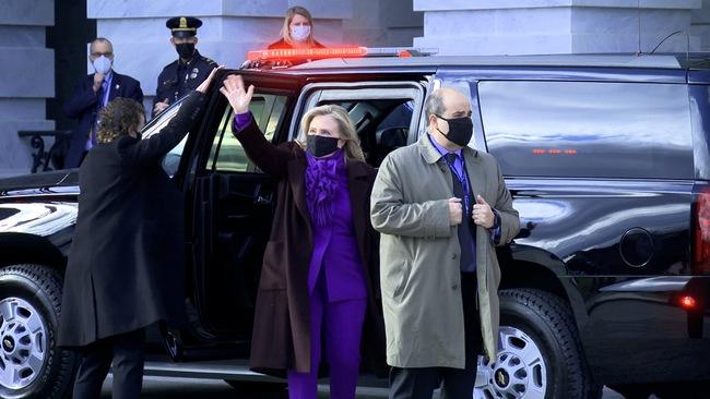 Ông Joe Biden đến tòa nhà Quốc hội chuẩn bị cho lễ nhậm chức, đăng Twitter ca ngợi vợ trước giờ phút quan trọng - Ảnh 5.