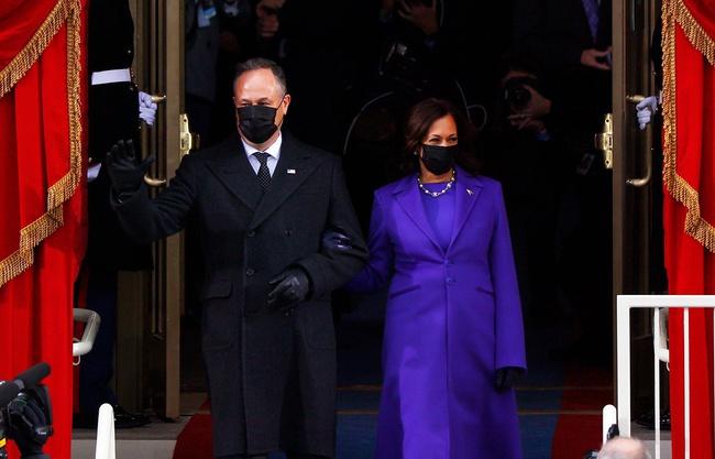 Ông Joe Biden đến tòa nhà Quốc hội chuẩn bị cho lễ nhậm chức, đăng Twitter ca ngợi vợ trước giờ phút quan trọng - Ảnh 7.