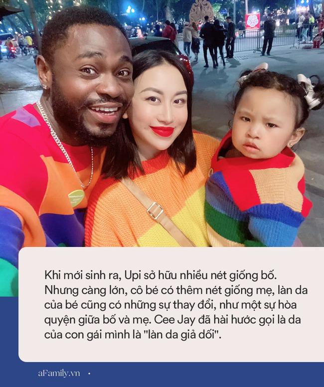"""Cặp đôi chồng châu Phi lấy vợ tiểu thư Hà Nội, sinh con gái cực kỳ đáng yêu nhưng càng lớn """"làn da giả dối"""" - Ảnh 5."""