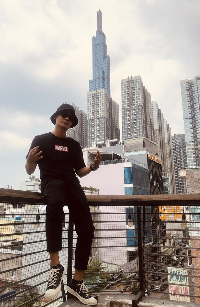 """Live Concert Rap Việt All-Star khiến fan """"há hốc"""" vì độ khủng, hé lộ 3 đạo diễn cùng cầm trịch, quy tụ toàn rapper đình đám - Ảnh 1."""