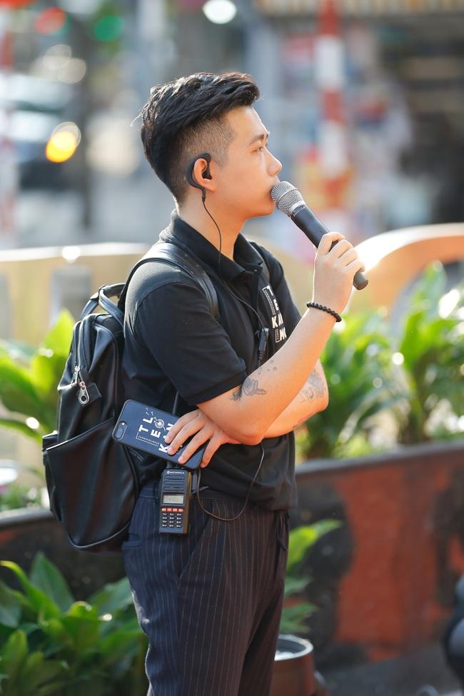 """Live Concert Rap Việt All-Star khiến fan """"há hốc"""" vì độ khủng, hé lộ 3 đạo diễn cùng cầm trịch, quy tụ toàn rapper đình đám - Ảnh 2."""