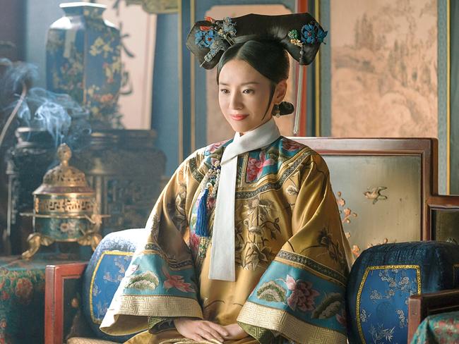 Hoàng hậu Phú Sát thị đột ngột qua đời khi xuất cung cùng Hoàng đế Càn Long, đến nay nguyên nhân vẫn là ẩn số với nhiều lời đồn đoán - Ảnh 1.