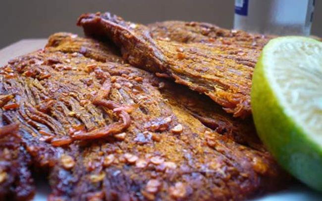 """Cận Tết, cẩn trọng thịt lợn sề, lợn bệnh, phổi bò đội lốt thịt bò khô làm """"đau"""" ví, hại thân! - Ảnh 4."""