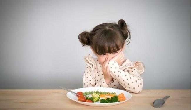 """""""Nạn đói tiềm ẩn"""" và những dấu hiệu đơn giản cha mẹ dễ bỏ qua khiến trẻ có nguy cơ thấp còi, yếu ớt - Ảnh 2."""