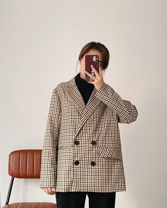 10 mẫu áo blazer rất trẻ trung nhưng ghi điểm thanh lịch tuyệt đối để diện Tết, hay nhất là chỉ có giá từ 520k - Ảnh 9.
