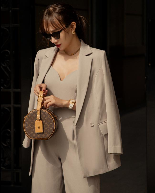 10 mẫu áo blazer rất trẻ trung nhưng ghi điểm thanh lịch tuyệt đối để diện Tết, hay nhất là chỉ có giá từ 520k - Ảnh 17.