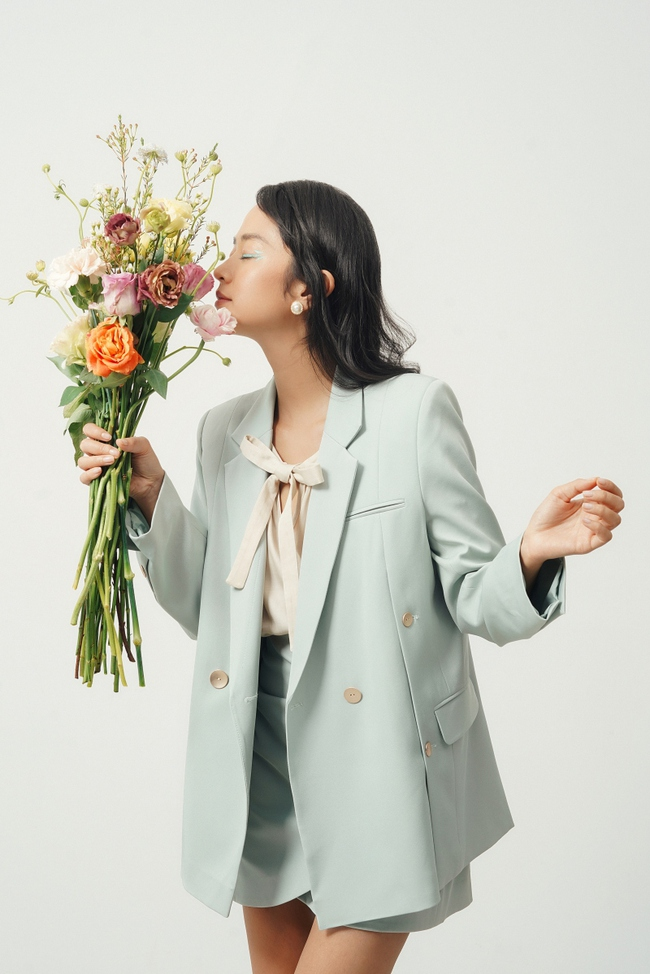 10 mẫu áo blazer rất trẻ trung nhưng ghi điểm thanh lịch tuyệt đối để diện Tết, hay nhất là chỉ có giá từ 520k - Ảnh 7.