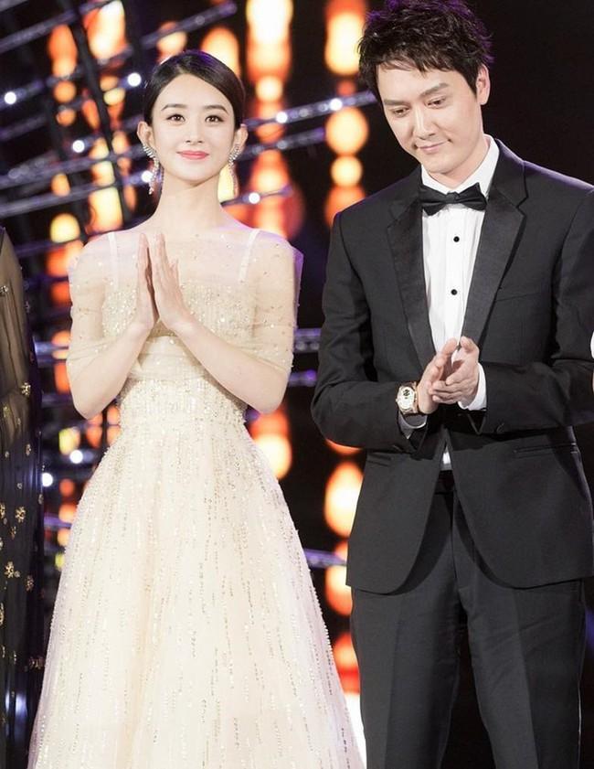 Cha Phùng Thiệu Phong bị tai nạn khi lái xe của con dâu, hai vợ chồng Triệu Lệ Dĩnh vắng mặt - Ảnh 2.
