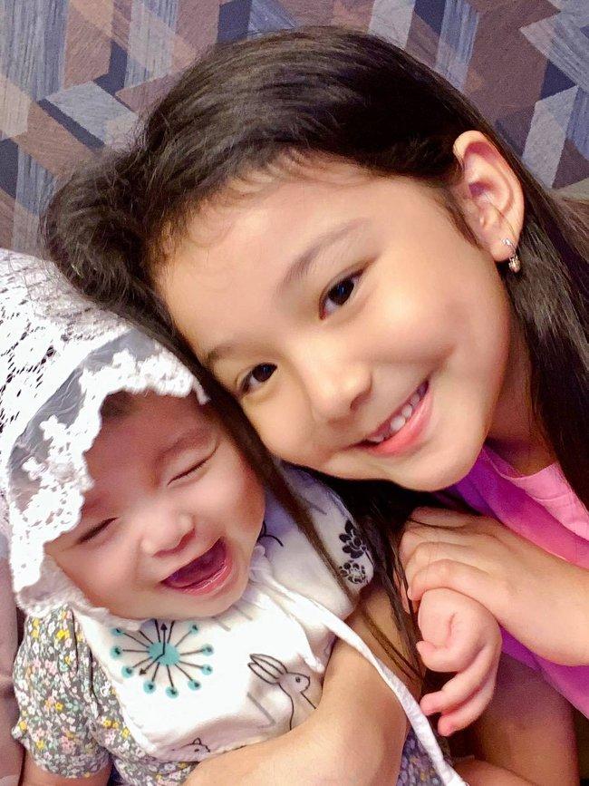 Ngoại hình hiện tại của các em bé nhà sao Việt chào đời đúng dịp Tết, ngỡ ngàng nhất là tiểu thư nhà Nhã Phương - Trường Giang - Ảnh 11.