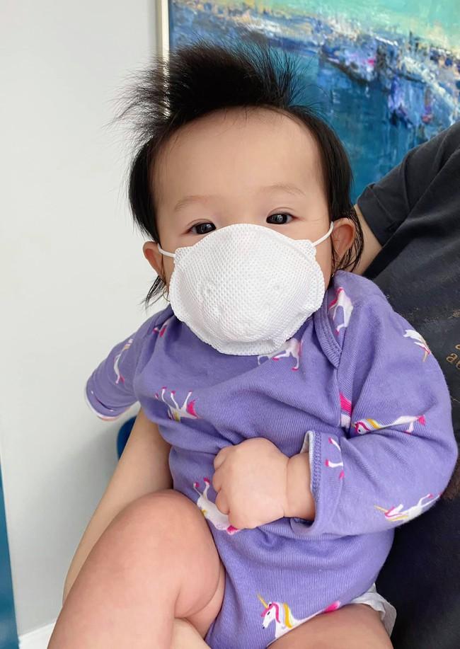 Loạt nhóc tỳ nhà sao Việt chào đời năm 2020 vừa lần lượt lộ diện, xem ảnh xong ai cũng ngưỡng mộ cách nuôi con của các mẹ - Ảnh 9.