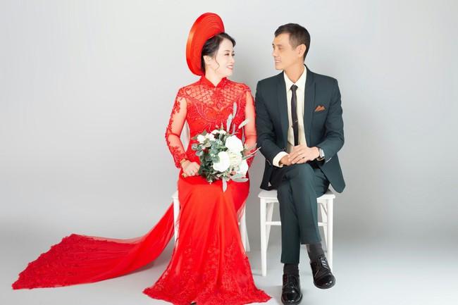 Cặp đôi U50 cưới nhau sau 2 tháng hẹn hò, nhìn ảnh cưới ai cũng hạnh phúc thay  - Ảnh 7.