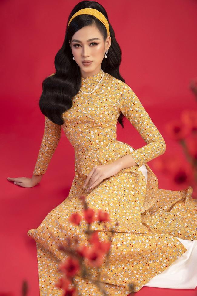 Hoa hậu Đỗ Thị Hà khoe thần thái sắc lạnh đầy khác lạ trong bộ ảnh áo dài cùng 2 Á hậu - Ảnh 3.