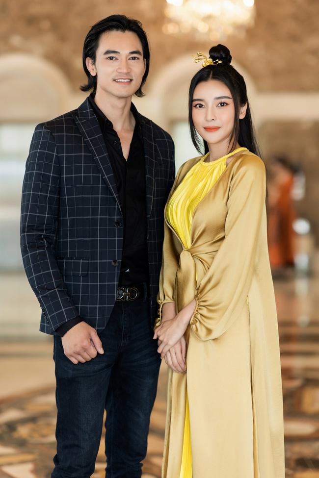 """""""Nàng Kiều"""" lần đầu xuất hiện công khai, nhan sắc yêu kiều nhưng chiếm spotlight lại là """"Hoạn Thư"""" - Cao Thái Hà - Ảnh 4."""