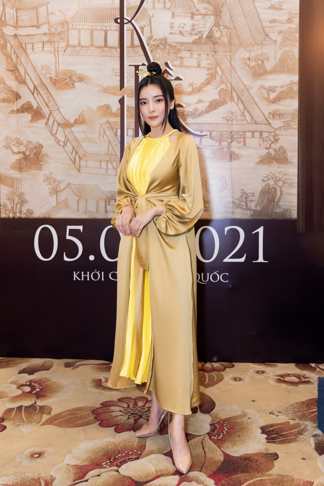 """""""Nàng Kiều"""" lần đầu xuất hiện công khai, nhan sắc yêu kiều nhưng chiếm spotlight lại là """"Hoạn Thư"""" - Cao Thái Hà - Ảnh 3."""